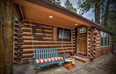 Photo for Cedar/Lake/Mountain Views/Lake Access/Sleeps 5/Log Cabin/Weekly/Monthly Discount