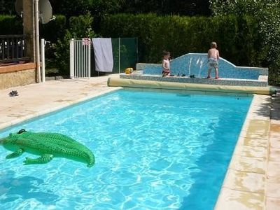 Photo for Provencal villa with pool comfort