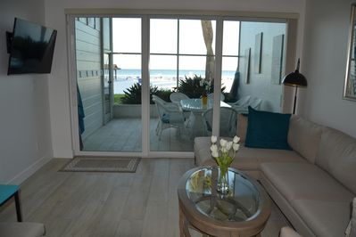 12 x 8' sliding doors maximize view of beach and gulf