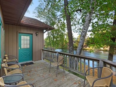 Photo for Villa w/ private deck, shared dock/tennis/basketball court - dogs welcome!