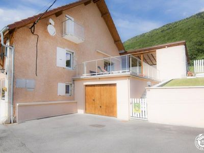 Photo for Gite Confort, 2 bedrooms, 5 persons