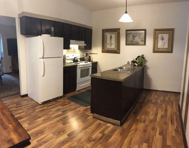 Photo for Spacious 3 Bedroom Apt, AWESOME FURNISHINGS!