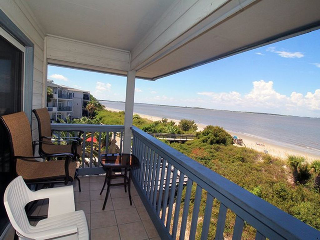 Vrbo Tybee Island 1 Bedroom Savannah Beach And Racquet Club Unit B308 Vrbo