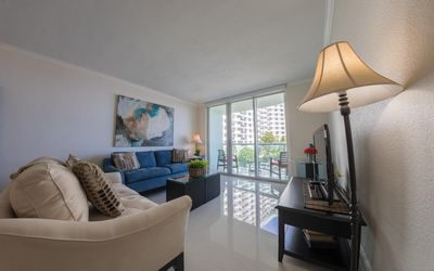 Photo for Tides Apartments in Hollywoood - A- 1 bed/1 bath