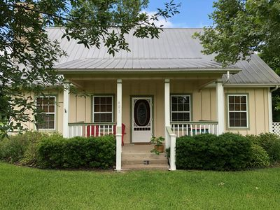 Photo for The Johnstone House - in the heart of Johnson City, Texas!