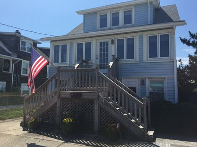 Family Memories Made Here!   Great Multi-generational House On Beach Block