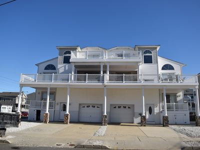 Photo for Located just steps from the beach and within walking distance of the promenade shopping and restaurants.