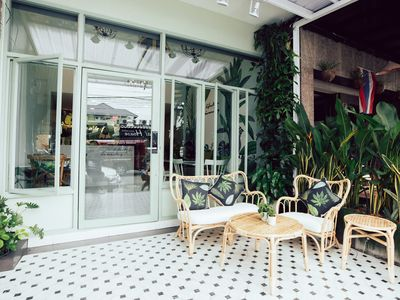 Photo for ⭐Tropical Boutique Home 4BR Sleeps 8 w/ Breakfast in City