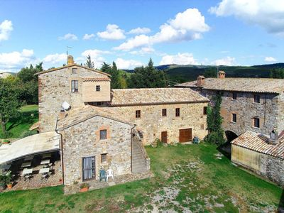 Photo for Apartment L'Elmo (ORV143) in Orvieto - 6 persons, 3 bedrooms