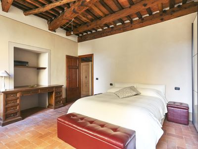 Photo for Bright & stylish 110 sqm apartment in the heart of Lucca
