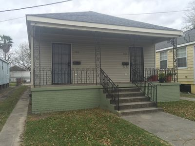 Photo for 2 bedroom house in Gentilly near Dillard, I-10, 10 minutes from French quarter