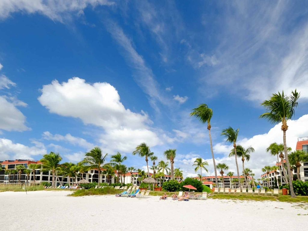 Fabulous!! Gulf Front Complex - Pointe Santo  - Ideal Location!!