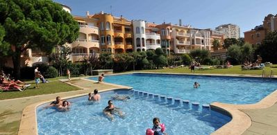 Photo for Nice apartment in Empuriabrava of 6 Pers 2 bedrooms with garden.