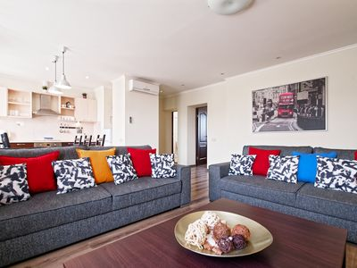 2 bedroom apartment with Air conditioning into Riga center