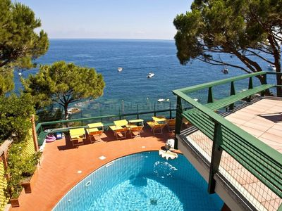 Photo for 7 bedroom Villa, sleeps 14 in Nerano with Pool, Air Con and WiFi