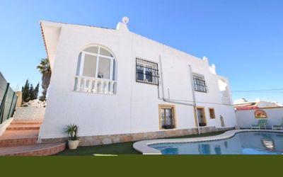 Photo for Detached Villa, Private Pool with 50mb Wifi