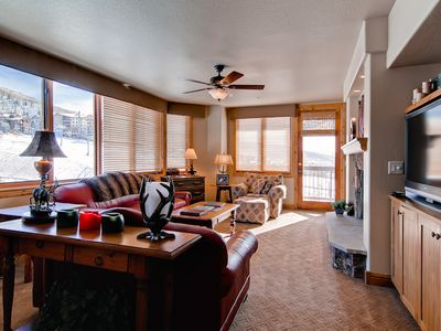 Photo for Slopeside Condo! Ideal for Groups! Resort Amenities