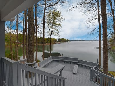Photo for Lakefront Home in quiet cove with big fun access