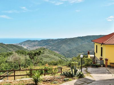 Photo for 2 bedroom Villa, sleeps 6 in Diano Arentino with WiFi