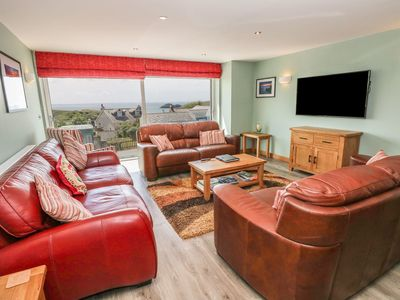 Photo for Sleeps 10 Luxury 3-storey house, a private hot tub, fantastic sea views in Solva