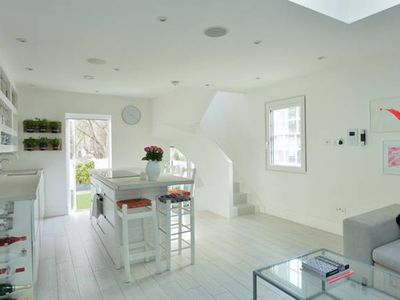 Photo for Entire Luxury 2 Bed Townhouse Central London.