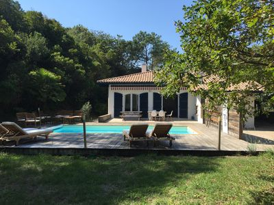 Photo for Hossegor, beautiful villa between the lake and the ocean, 5 bedrooms, heated pool