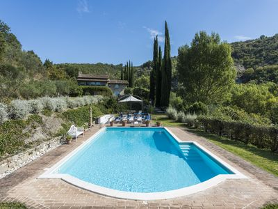 Photo for Villa Poggio Ginepro - Wonderful villa with private swimming pool