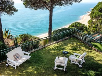 Photo for 5 bedroom Villa, sleeps 10 in Sant Pol de Mar with Pool and WiFi