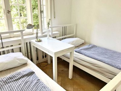 Photo for Small, cozy double room with new shared bathroom - Guesthouse Château Abraham