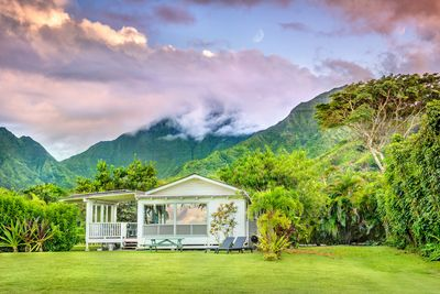 Hanalei Mountains behind and the bay in front, perfect location ofr beauty.