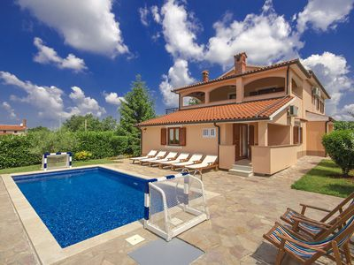 Photo for Villa Ulika located in Vranici for 8 persons with private pool