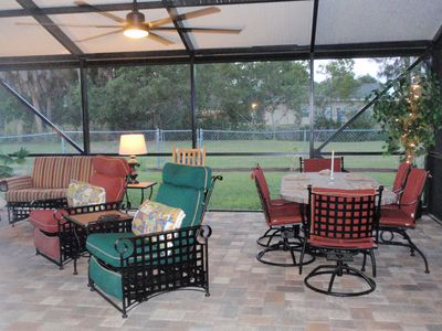 Cast Iron Outdoor Furniture table seating for 6