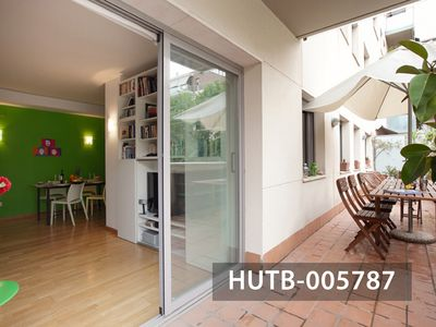 Photo for Spacious and Modern Apartment a Few Steps From Barcelona's Beach