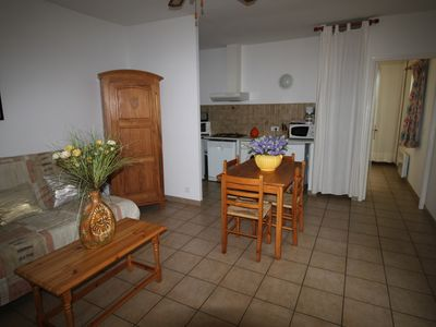 Photo for Helios2 2 / 4pers - 1 bedroom -beach 5 minutes walk, heated pool 28 degrees.