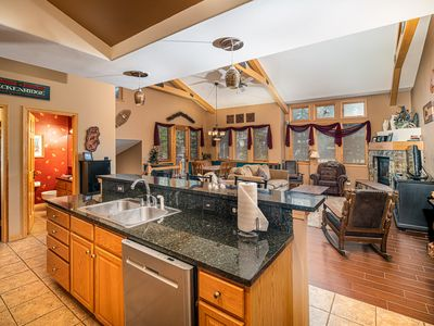Photo for White Wolf 531 Townhome: Hot Tub, Nice Location!