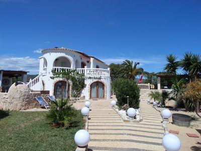 Photo for Fantastic finca with private pool in a quiet location near the city center