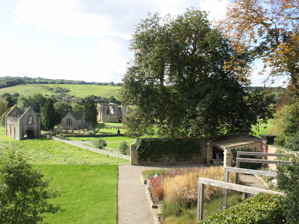 Views Of Easby Abbey Half A Mile From The Vrbo