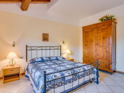 Photo for Apartment in the center of Poggio Alla Baghera with Parking, Internet, Washing machine, Pool (116949)