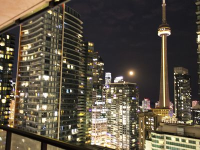 Photo for Luxury 1BR 2 BD Condo - Spectacular CN Tower View