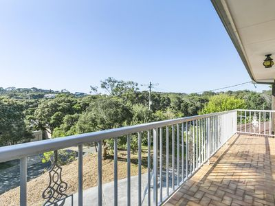 Photo for Tyrone Beach House: 3min walk to Foreshore