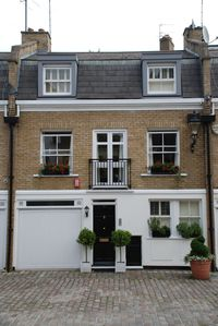 Photo for Central London 3 bedroom house in a lovely mews