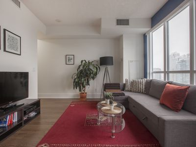 Photo for Modern 1 Bedroom suite in the heart of downtown Toronto