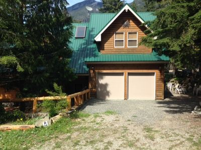 Photo for Parkhill Chalet Rental - Hope, British Columbia