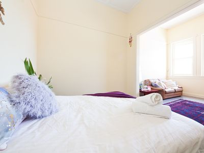 Photo for CHATSWOOD CHARMER - ROOMY 3 BED APARTMENT