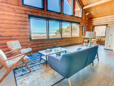 Photo for Ocean Front Home on a Sandy Beach Near Yachats! Dog Friendly!