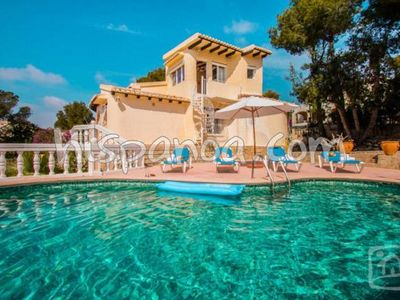 Photo for Beautiful villa to rent in Moraira with air conditioning and private pool