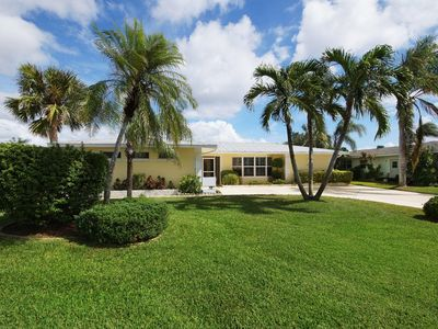 Photo for The villa Gulf Pearl with pool is located in the southeast of Cape Coral, Florida