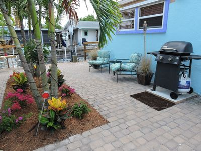 Photo for Fully-equipped and Updated 3-bedroom Waterfront Vacation Rental.