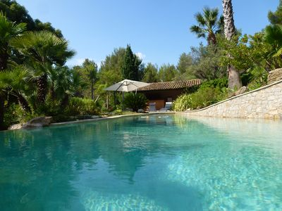 Photo for air-conditioned villa, heated pool nestled in an exceptional park.