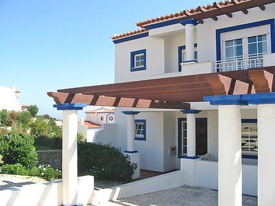 Photo for 5 bedroom Villa, sleeps 10 in Baleal with Pool and WiFi